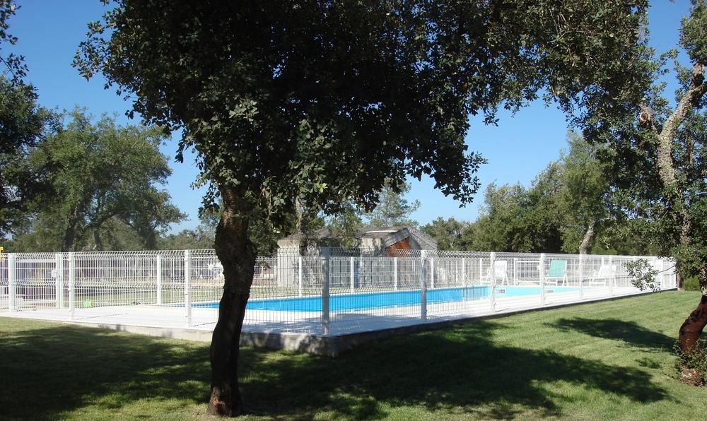 vedação piscina painel de rede.JPG