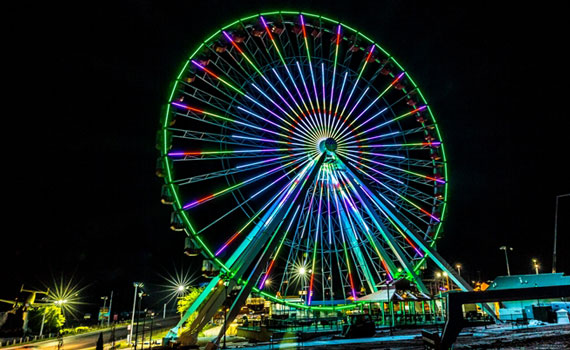 Ferris Wheel - Night.jpg