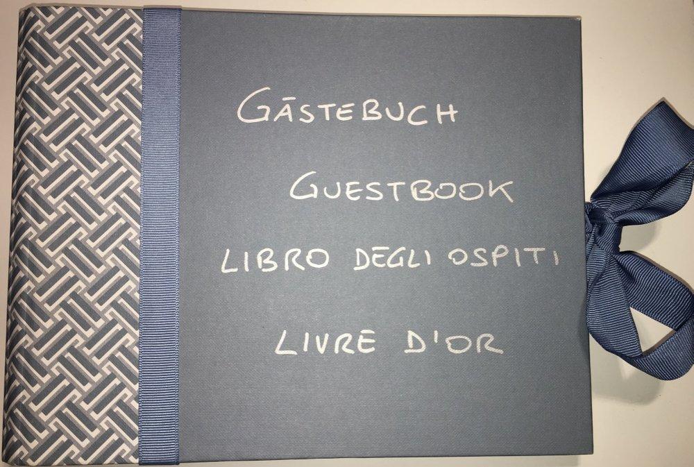 00_Guestbook.jpg