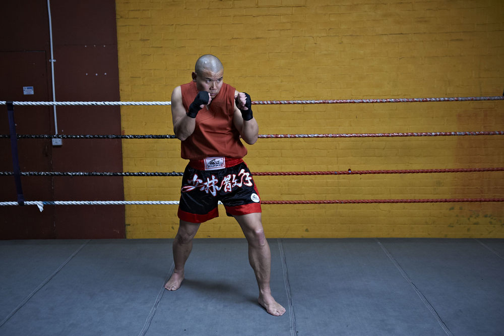 Shaolin temple uk shifu yanzi kick 27.jpg