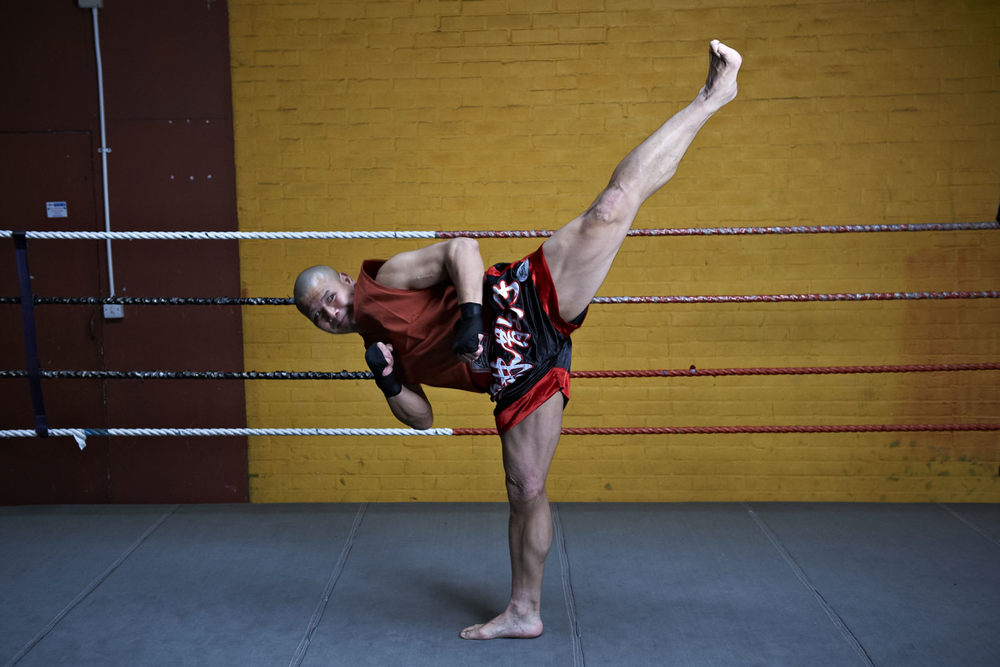 Shaolin temple uk shifu yanzi kick 33.jpg