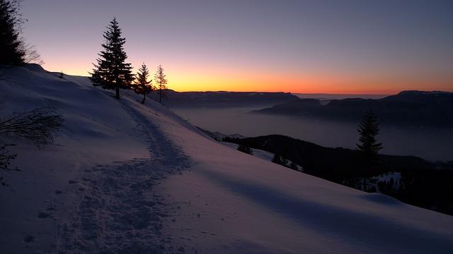 snow-834111_640.jpg