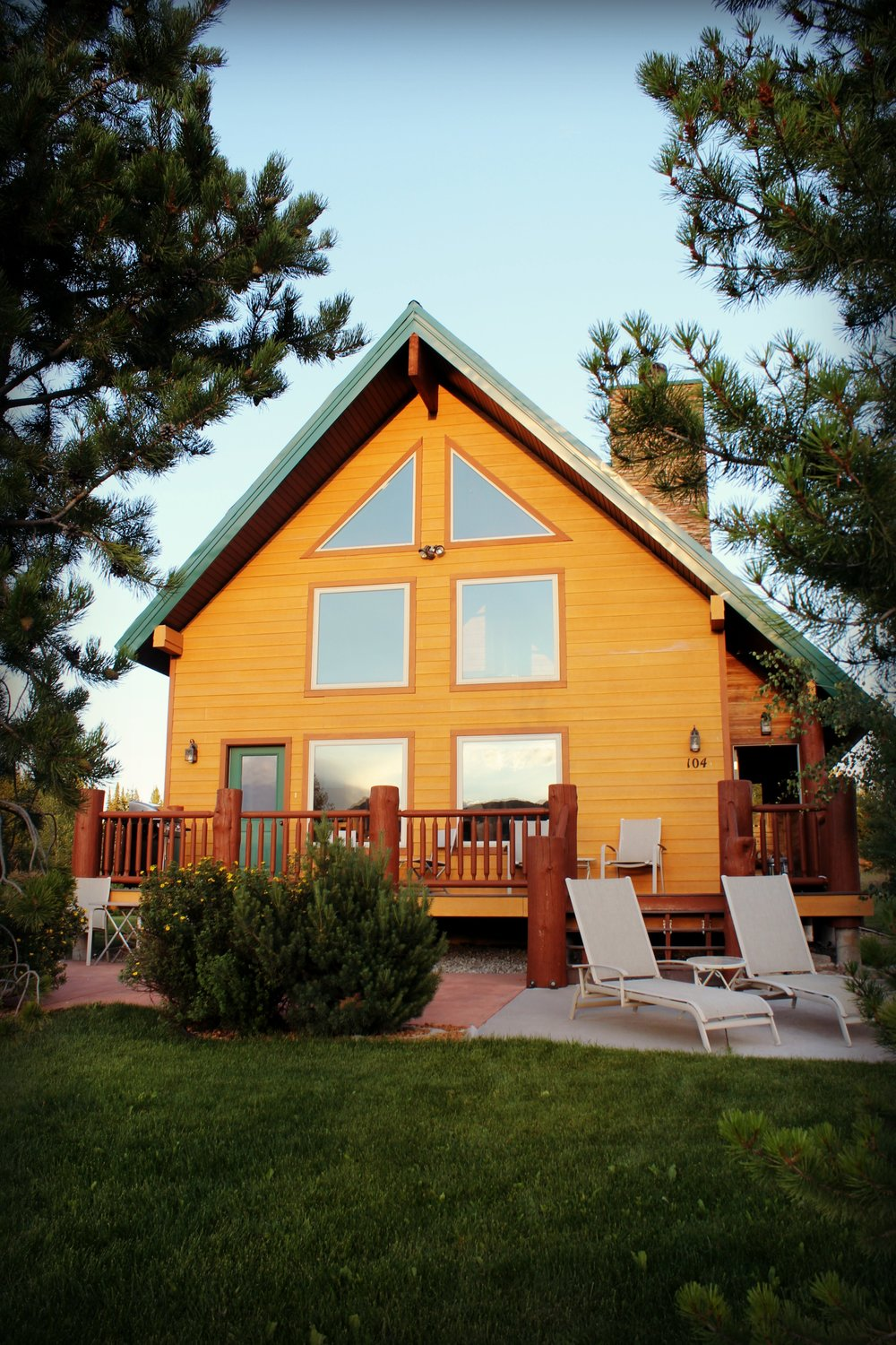 vrbo home west yellowstone