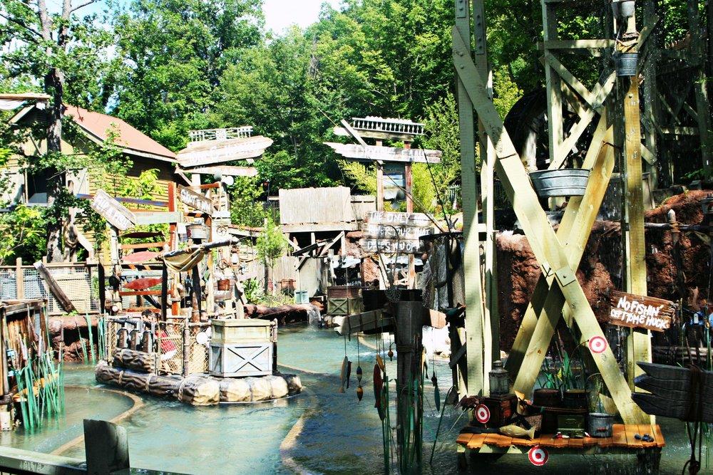 water-ride-silver-dollar-city-summer-branson