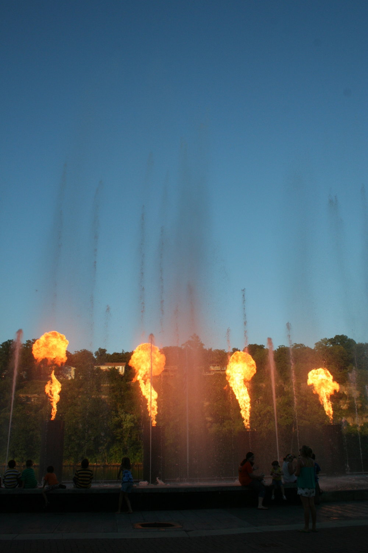 fire-show-branson-landing-missouri