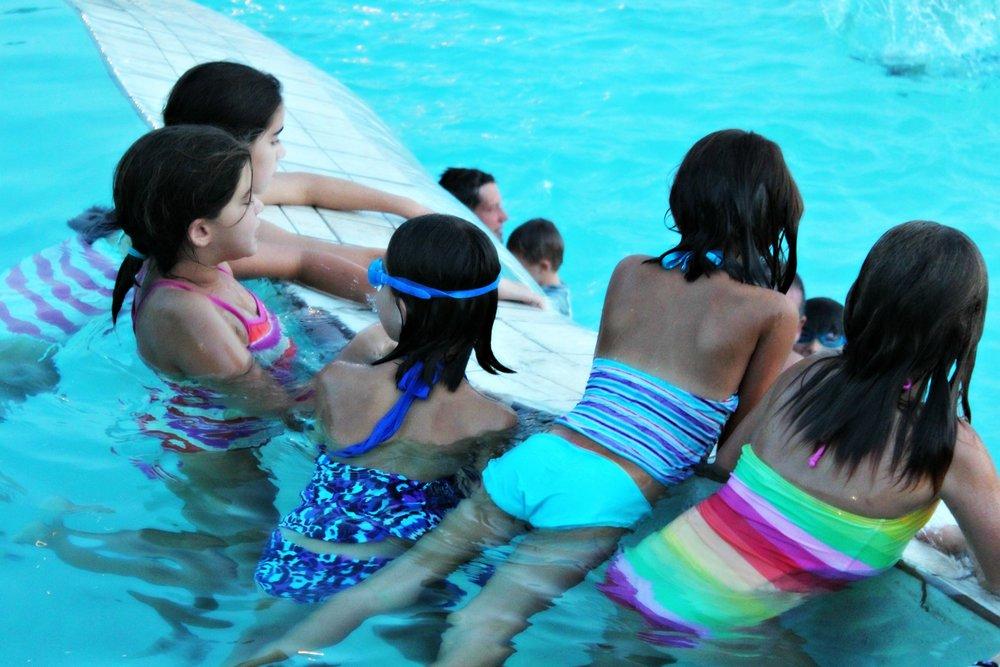 swimming-wilderness-club-pool-big-cedar-lodge
