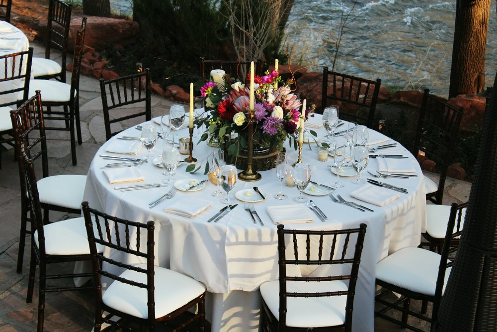 place-settings-l'auberge-wedding