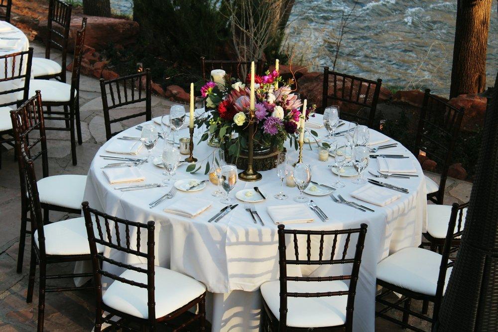 place-settings-l'auberge-wedding