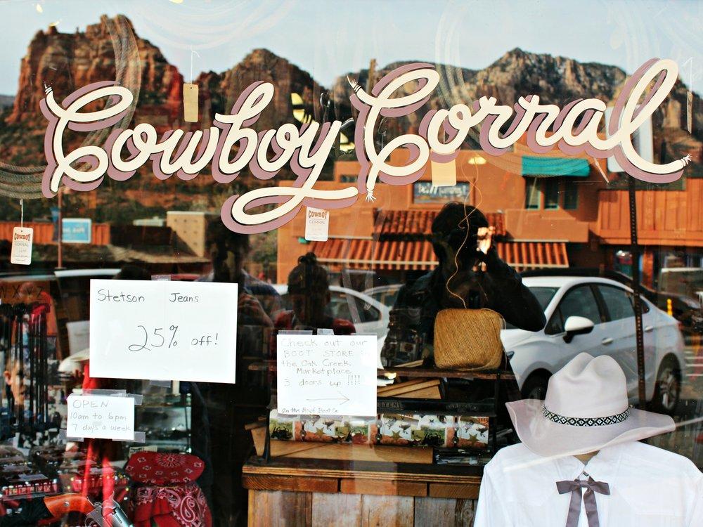 cowboy-corral-sedona-main-street