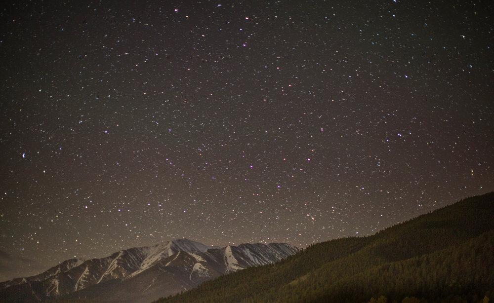 sleeping-under-stars