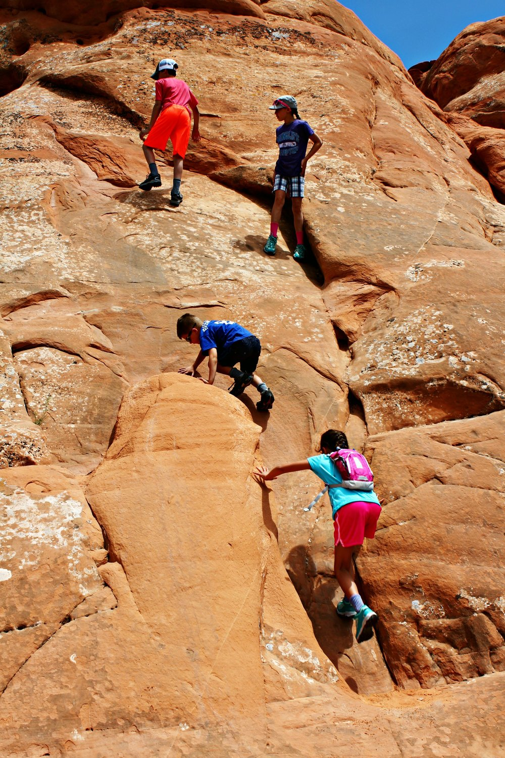 hiking-arches-np
