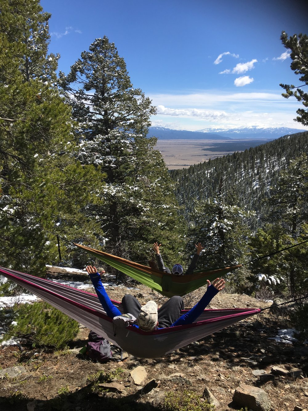 Hobo Hammocks makes a perfect double hammock for home, family vacation, and camping.   Move over Eno, here's 11 reasons to this complete hanging system rocks.
