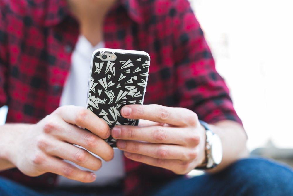 teenage boy texting x plan