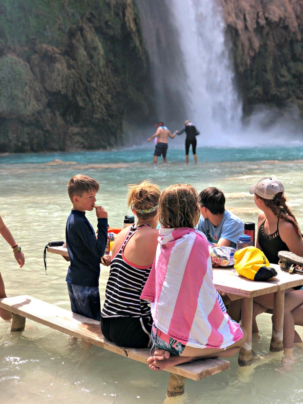 kids-watching-parents-wade-havasu-falls