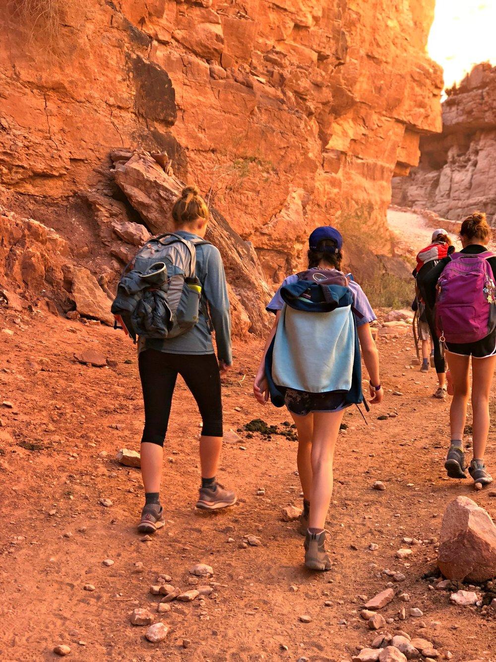 girls-talking-hiking