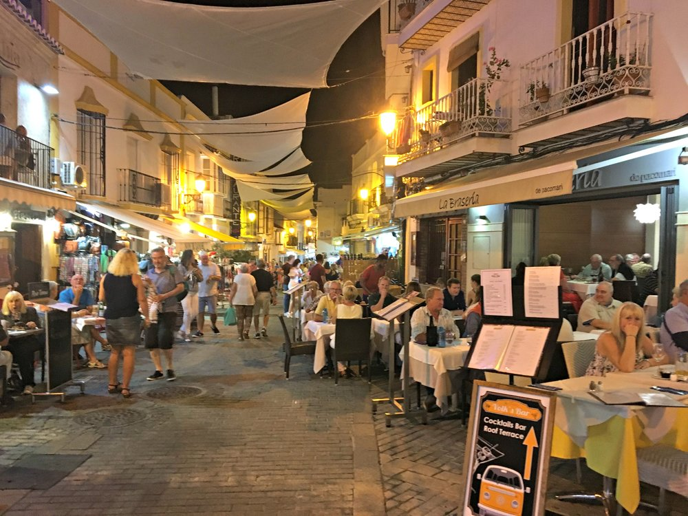 restaurant-row-nerja