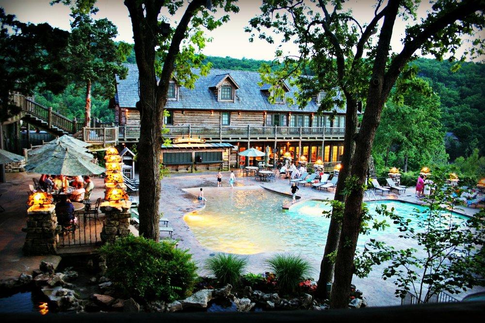 big-cedar-lodge-devils-swimming-pool