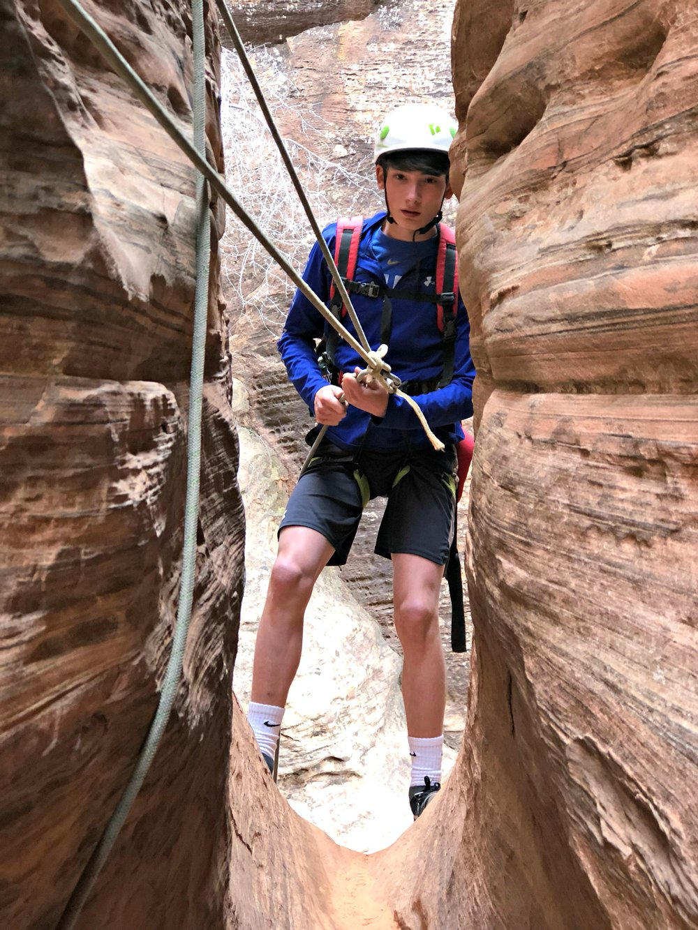 slot-canyoneering-red-desert-half-day-near-zion