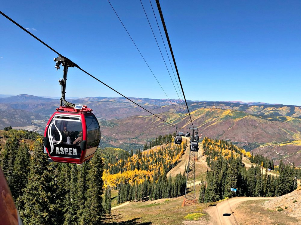 silver-queen-gondola-aspen-fall-colors