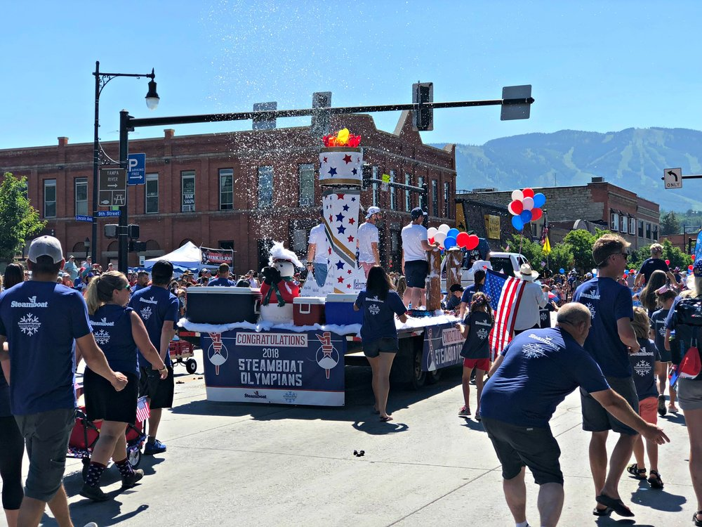 steamboat-olympians-july-fourth-parade