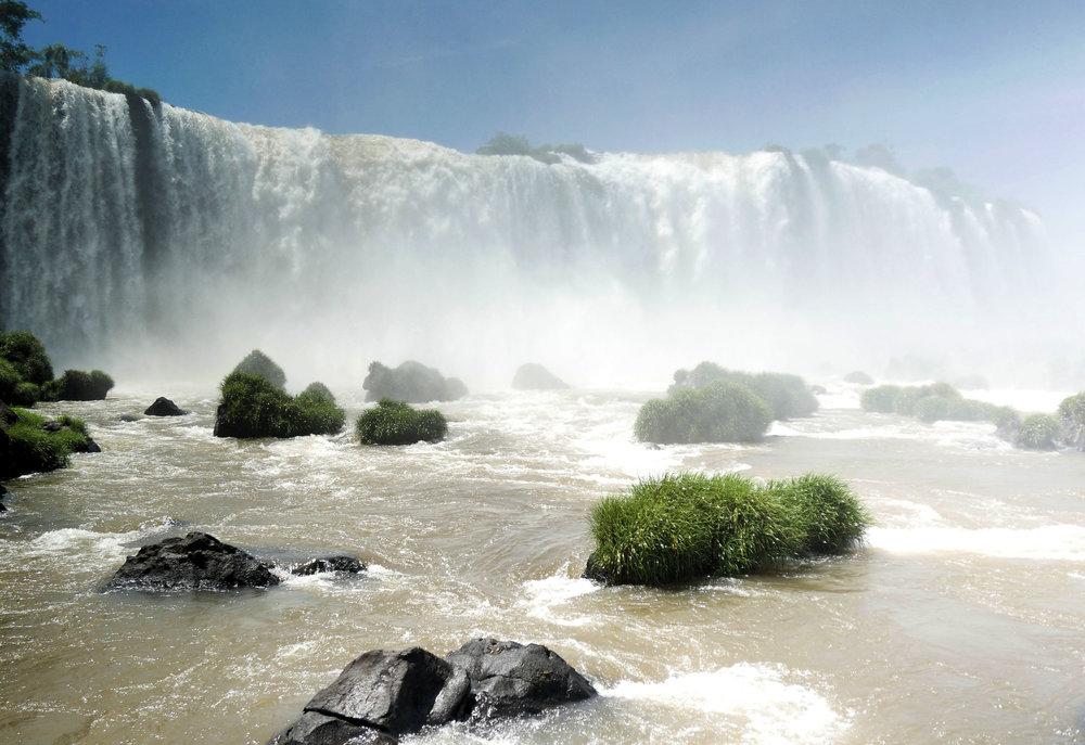 iguazu-brazil-waterfall
