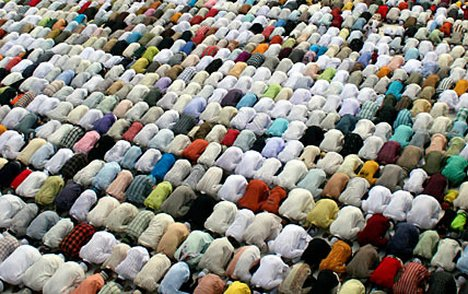 muslims_prayer2.jpg