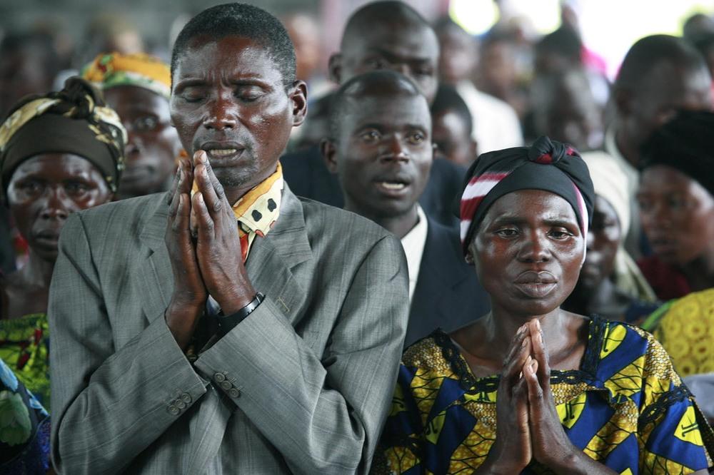 Prayers_in_Congo.jpg