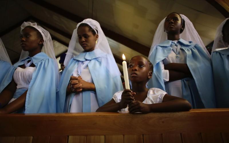 African-praying-800x500.jpg
