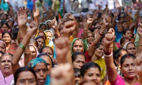 Group-of-Indian-Women-008.jpg