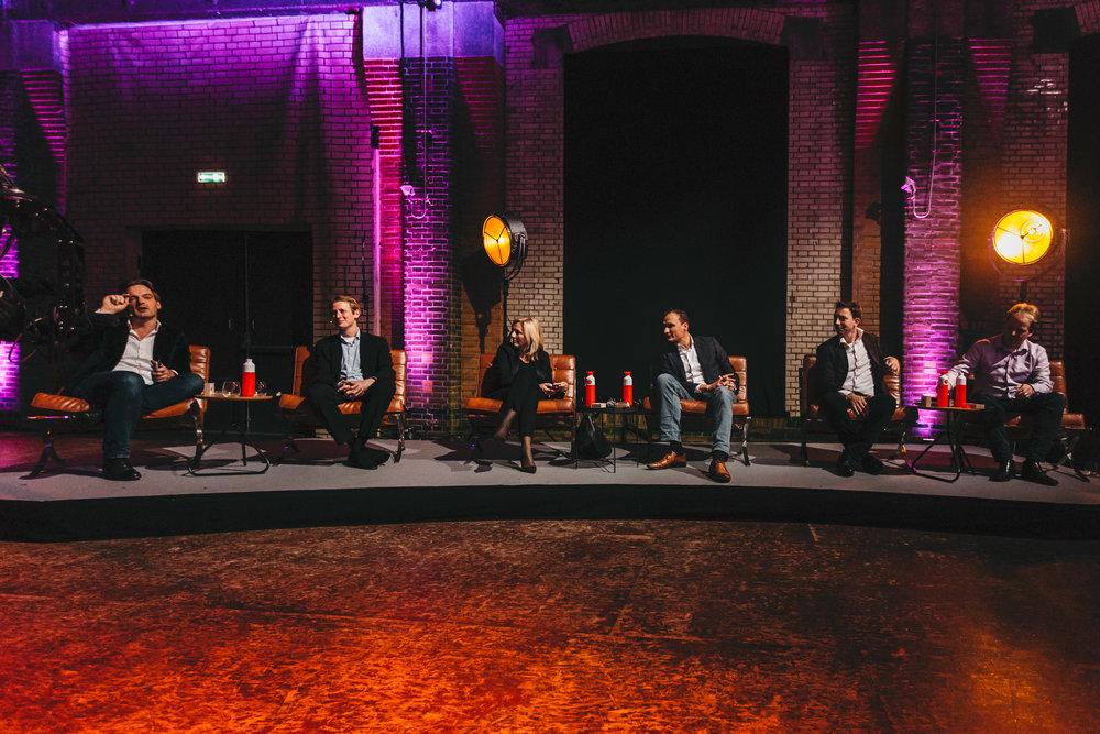 Michiel Geerdink (tweede van rechts) in het panel van Present Your Startup.