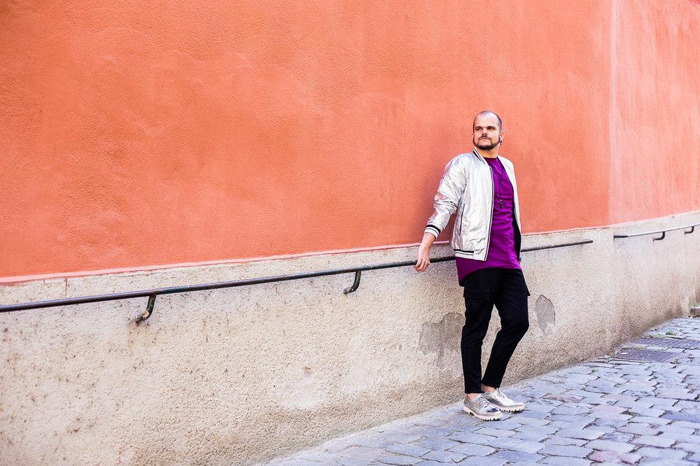 """Matthias : """"Je trouve le contraste des couleurs particulièrement intéressant. Je me trouve plutôt tr bien et bizarrement grand sur la photo """""""