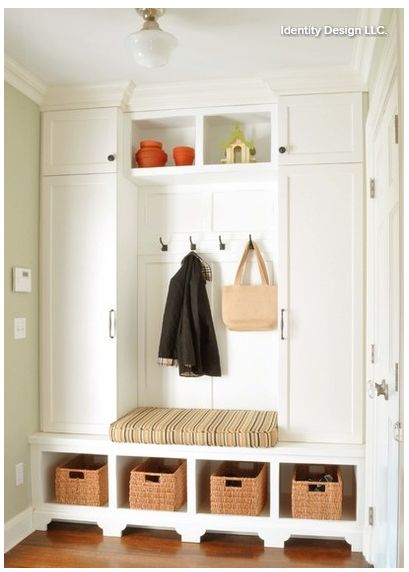 Ideas to declutter your mudroom