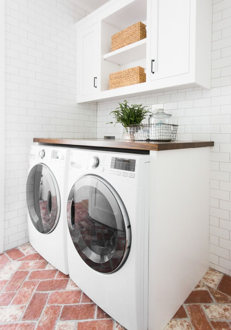 Go  here  if you would like to see them along with some inspiring laundry room photos and accessories!