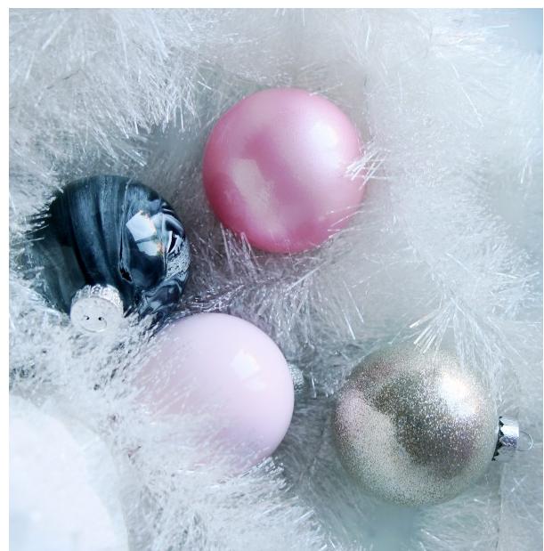 ornaments5.png