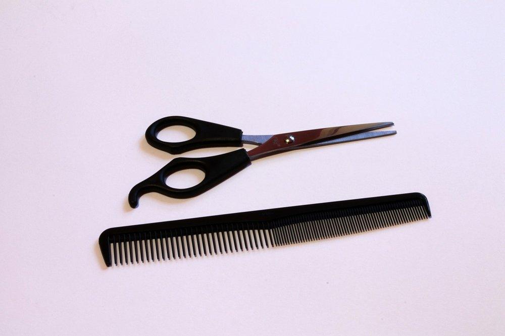 scissors-269797_1280.jpg
