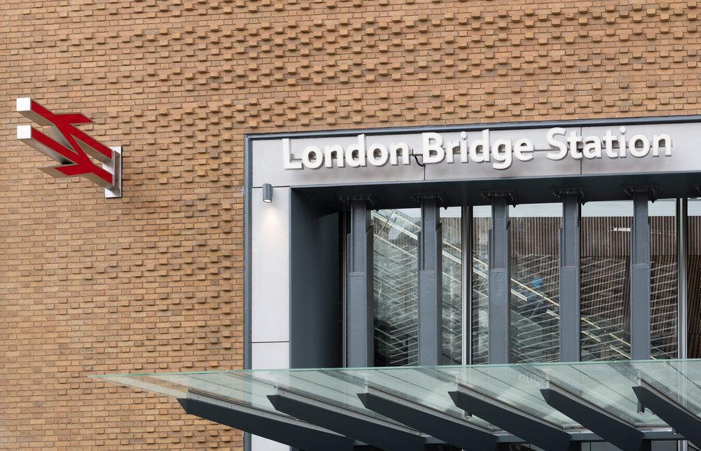 London Bridge Station 061.jpg