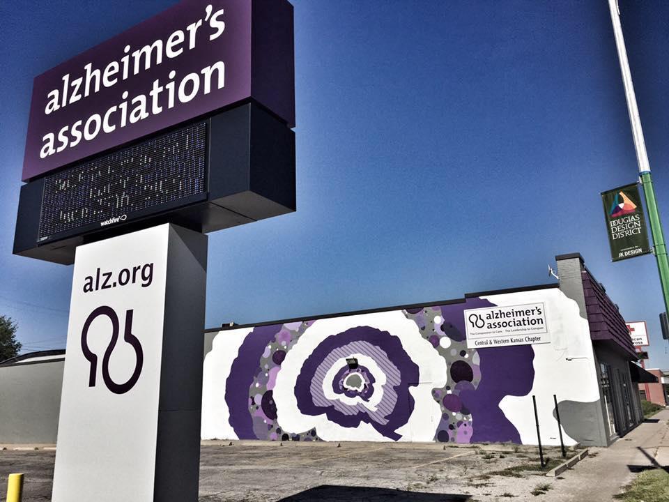 Alzheimers-building-mural.jpg