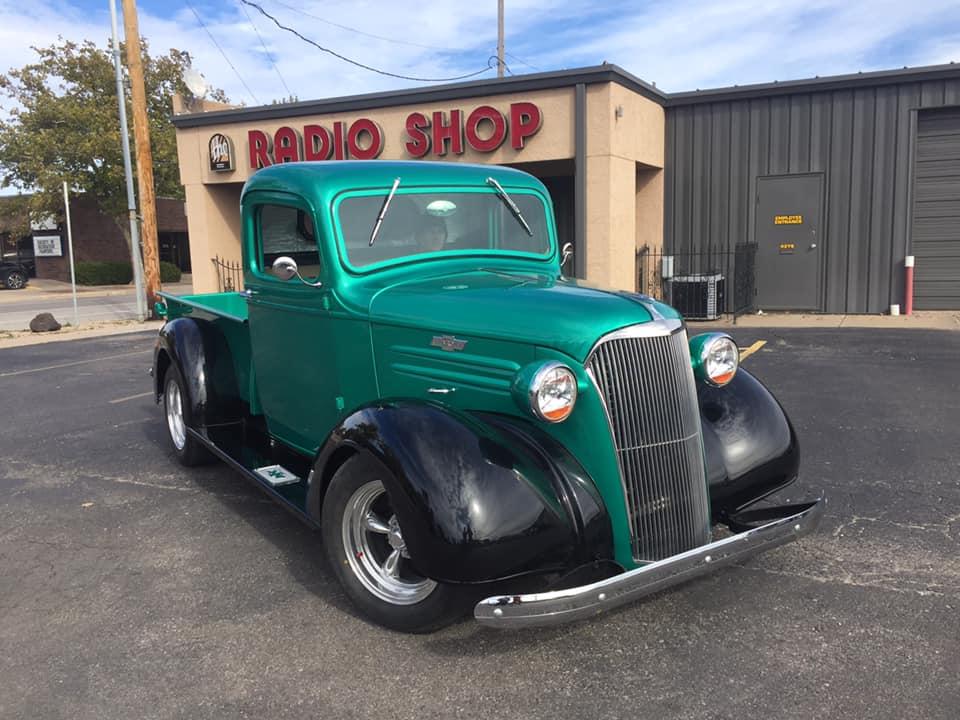 green-truck-radio-shop.jpg