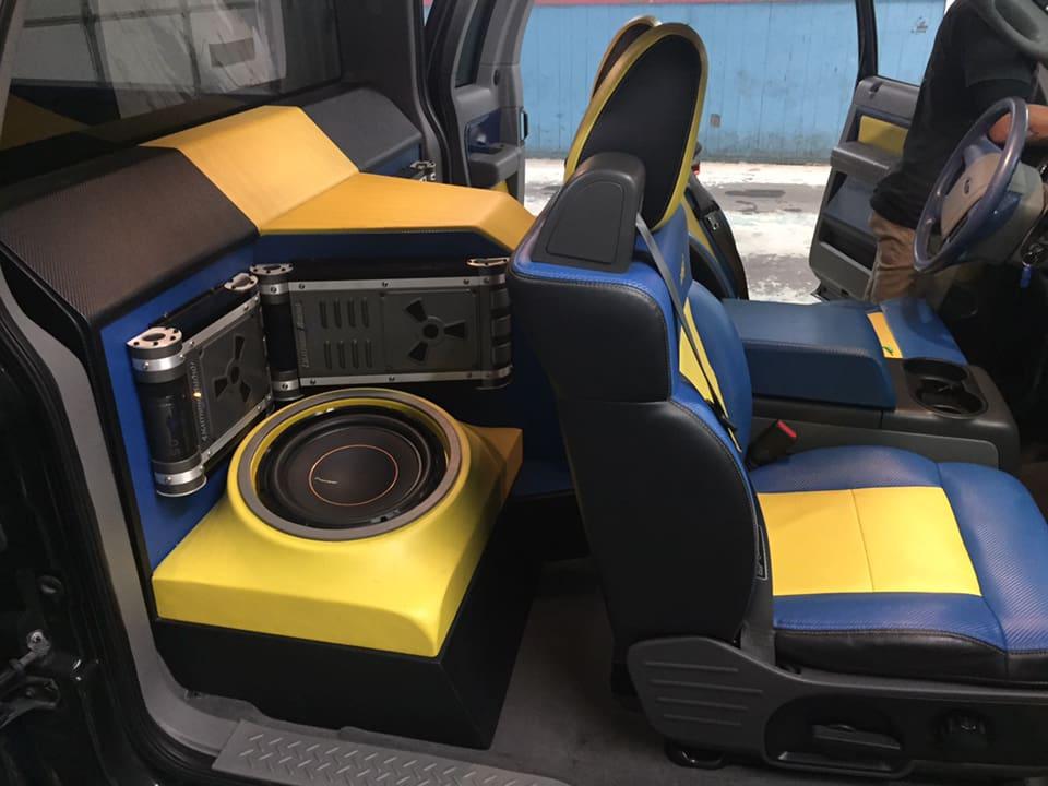 radio-shop-stereo 2.jpg