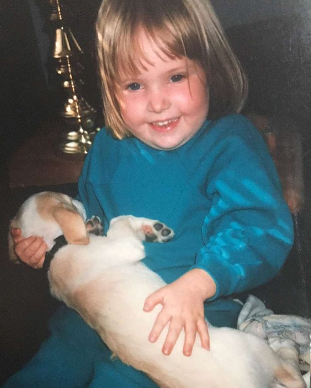 A real #tbt (are people still doing that!?) to when I fearlessly wore a head-to-toe teal sweatsuit while cradling my pup. #tbt #fashion
