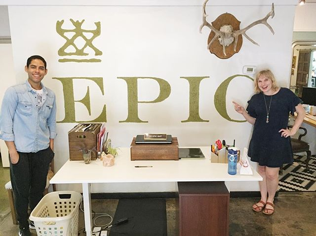 A few weeks ago while adventuring around Austin, we just so happened to stumble across @epicbar headquarters - and you bet we went inside!! Everyone was SO wonderful and welcoming to us! On today's podcast I talk about more Paleo Austin adventures and , most importantly, the difference between grilling and barbecuing... because I've apparently been lied to my whole life! 😬🙈 happy Monday friends!! #paleopeptalk