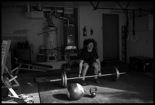 The minimalists garage gym: ditch the crowded gym workout at home