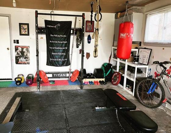 Garage gym banner.PNG