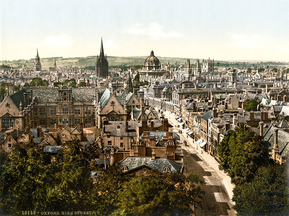 The spires of Oxford. Can you tell this was taken in the 1890s?  (Picture by Photoglob Zürich, reprinted by Detroit Publishing Co. [Public domain], via Wikimedia Commons)
