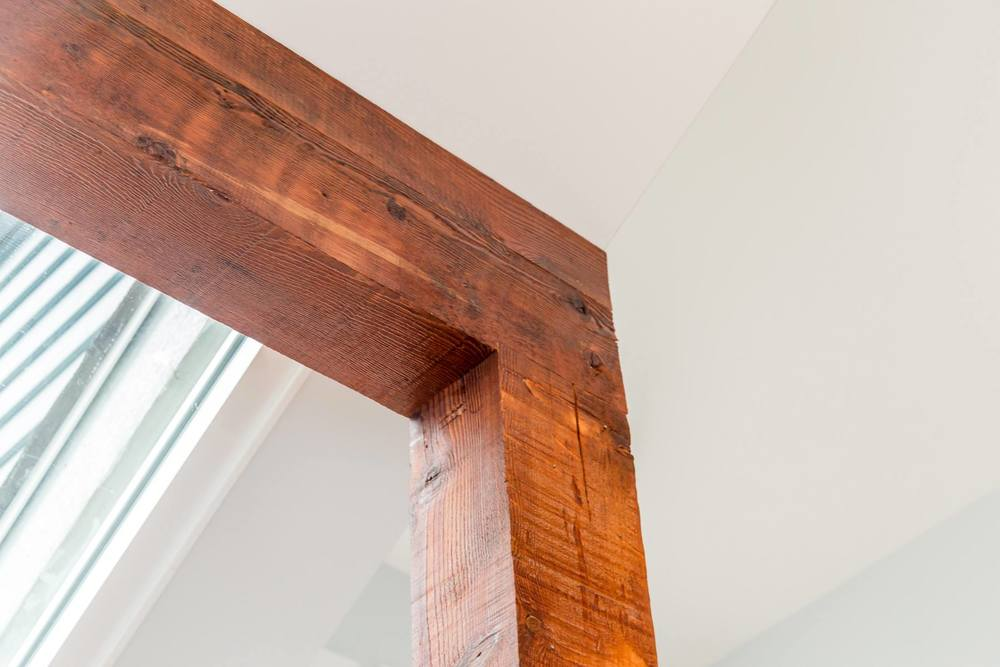 1672 Arbutus St Reclaimed Wood Post and Beam Detail