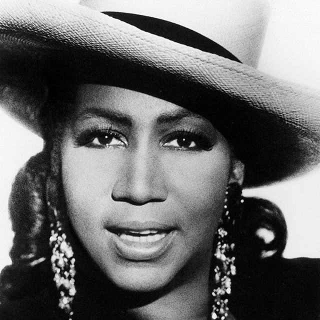 Aretha Franklin. One of several greats from my first hometown, Detroit, who paved the way for me to make music. #queenofsoul #singer #songwriter #arethafranklin #detroit #randb #detroitmusic #music #legend #motown #pioneer #restinpeace