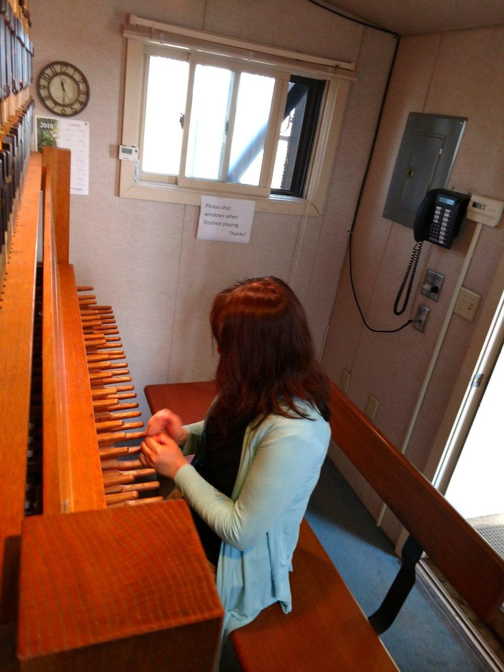 female-carillon.jpg