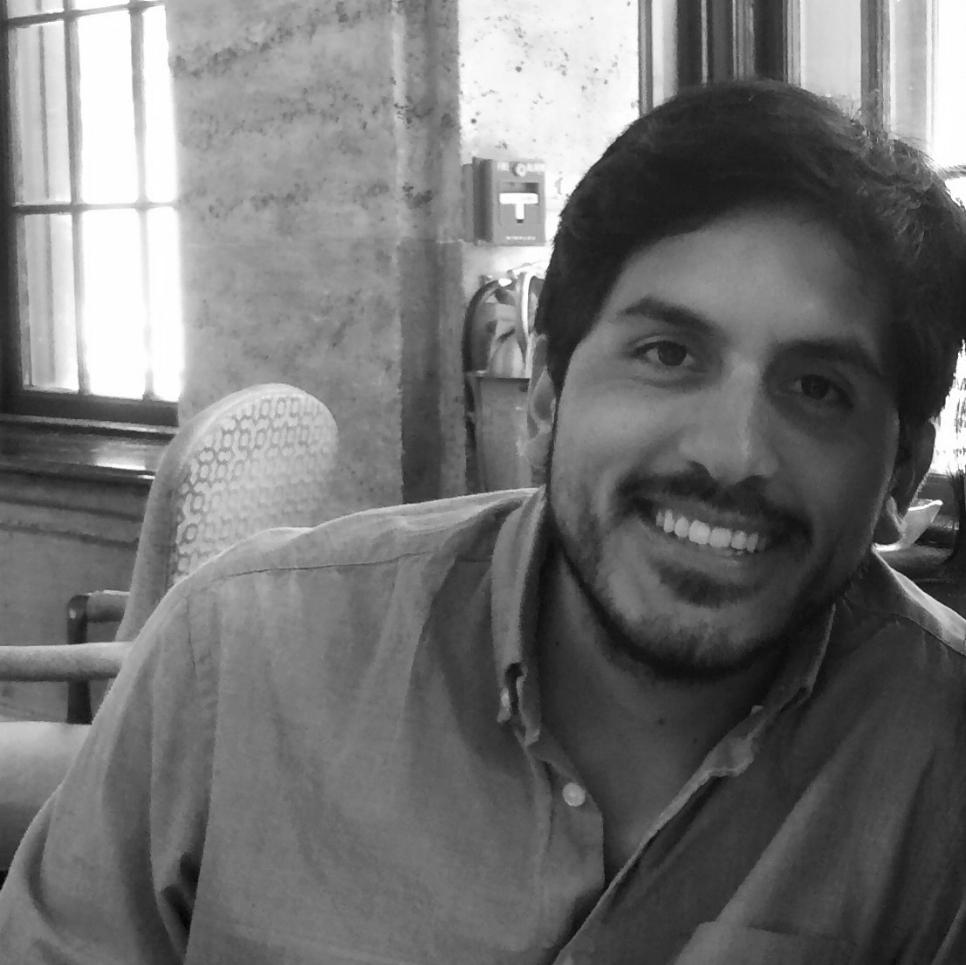Jose Carlos Arellano   Jose es psicólogo e investigador social. Ha finalizado un master en Behavioral & Economic Science por la Universidad de Warwick. Ha sido asistente de docencia en la PUCP (Perú) y tiene años de experiencia liderando proyectos de investigación social para el sector público y privado. Tiene un interés especial en las aplicaciones prácticas de la Economía y Ciencias del comportamiento que contribuyan a mejorar la calidad de vida y el bienestar de las personas.
