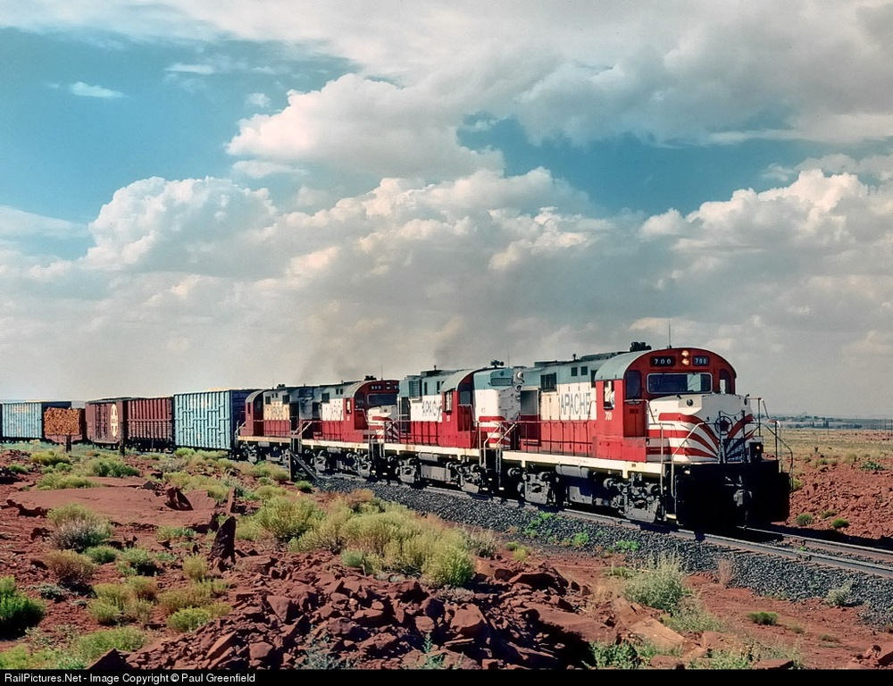 Apache Railway RS-36s and RS-11s lead a train near Holbrook, Arizona in 1979. Photo by Paul Greenfield, click to access his post of this image on railpictures.net