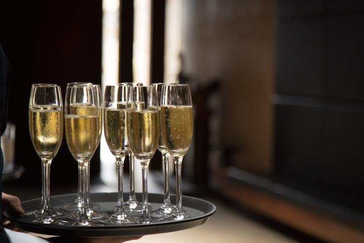 garangula+champagne.jpg